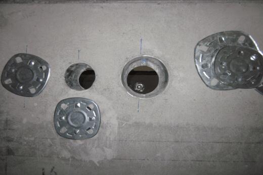 デッキプレート削孔作業